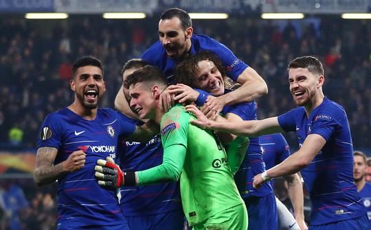 Arsenal đại thắng nhờ hat-trick, Chelsea nghẹt thở thắng luân lưu - Ảnh 12.