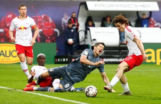 Bundesliga: Hấp dẫn đến giọt cuối cùng - Ảnh 1.