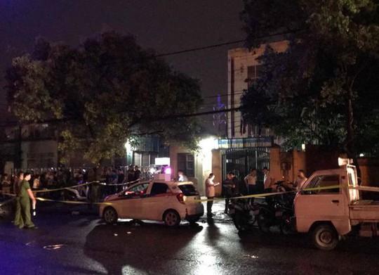 Nữ tài xế taxi bị người đàn ông đâm gục trên ghế lái - Ảnh 2.