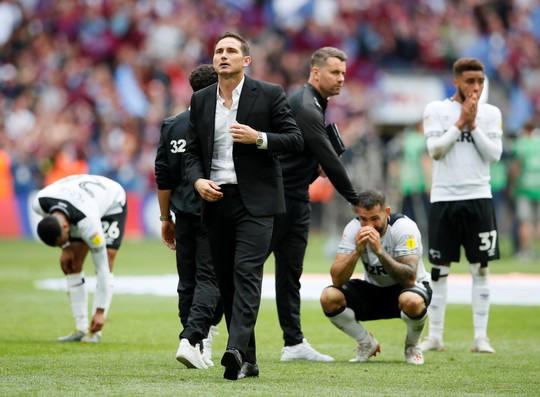 Lampard nhậm chức HLV trưởng Chelsea, Buffon gia nhập Juventus - Ảnh 4.