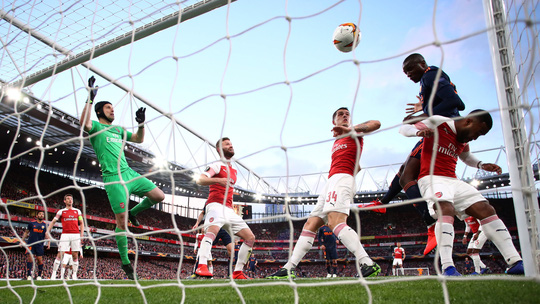Ngược dòng giành lợi thế, Arsenal và Chelsea mơ vé chung kết Europa League - Ảnh 6.