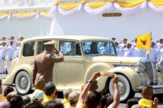 Thái Lan tổ chức lễ đăng quang của Quốc vương - Ảnh 2.