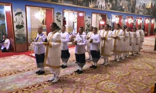 Thái Lan tổ chức lễ đăng quang của Quốc vương - Ảnh 8.
