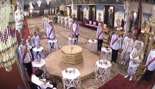 Thái Lan tổ chức lễ đăng quang của Quốc vương - Ảnh 9.