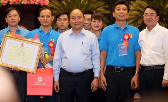 Thủ tướng gặp gỡ công nhân kỹ thuật cao (*): Tiếng nói từ trái tim, khối óc - Ảnh 1.
