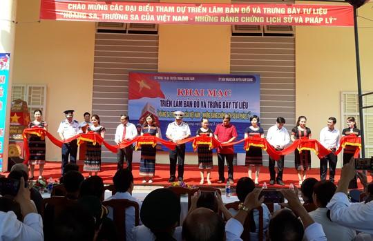 Triển lãm bản đồ khẳng định chủ quyền Hoàng Sa, Trường Sa của Việt Nam - Ảnh 1.