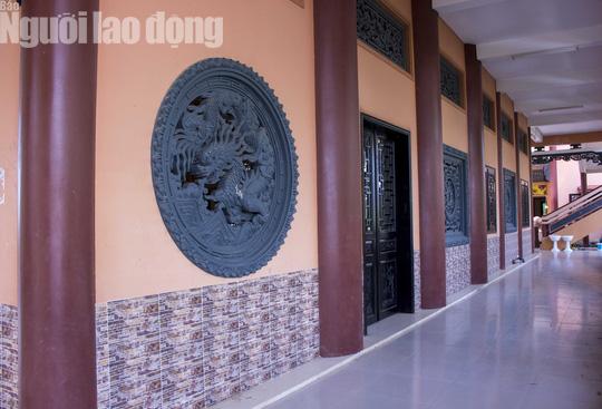 Chiêm ngưỡng ngôi chùa vùng biên giới có tượng Phật cao nhất miền Tây - Ảnh 28.