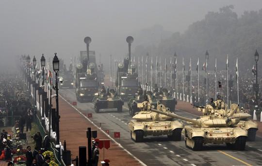 Vén màn cỗ xe tăng bất khả xâm phạm của Nga - Ảnh 3.