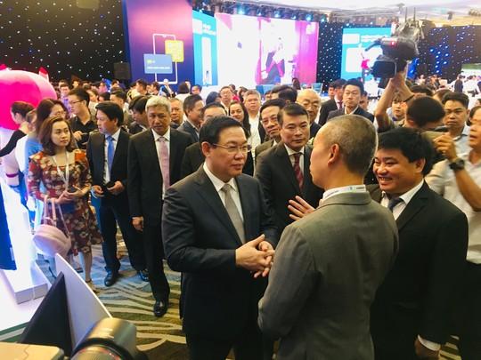 Phó Thủ tướng Vương Đình Huệ: Thanh toán không tiền mặt để chống tham nhũng - Ảnh 1.