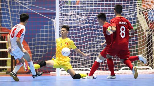 Việt Nam đánh bại Tajikistan, lấy vé vào tứ kết VCK U20 Futsal châu Á 2019 - Ảnh 4.
