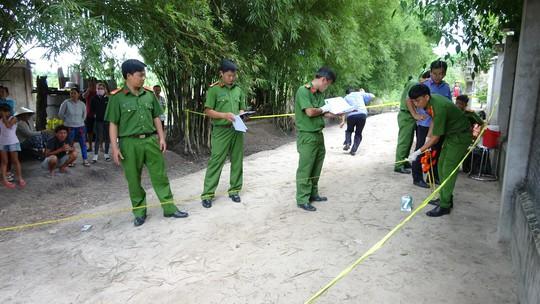 Tây Ninh: Mẹ chết, vợ chồng người con bị đâm nhiều nhát - Ảnh 1.