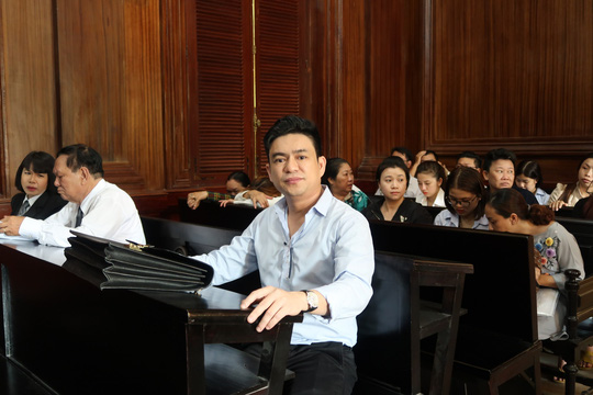 CLIP Ông Chiêm Quốc Thái tuyên bố yêu cầu tòa xử lý bác sĩ Trần Hoa Sen - Ảnh 2.