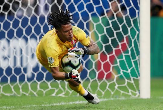 Suarez đá hỏng 11 m, Uruguay thua sốc Peru ở Copa America - Ảnh 7.