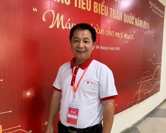 Chứng kiến mẹ mất vì thiếu máu  truyền, người đàn ông ở TP HCM đặt mục tiêu hiến máu 100 lần - Ảnh 1.