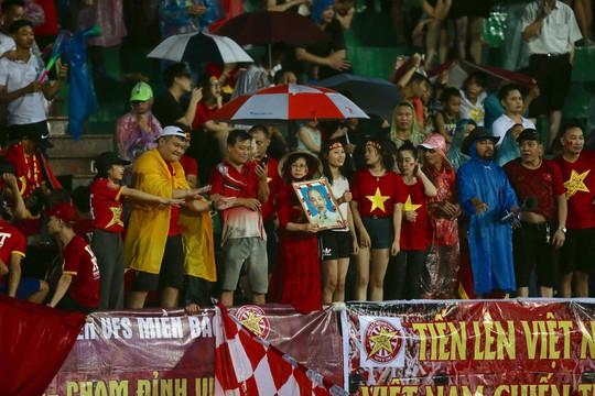 Xem lại vũ khúc trong mưa của U23 Việt Nam - Ảnh 2.
