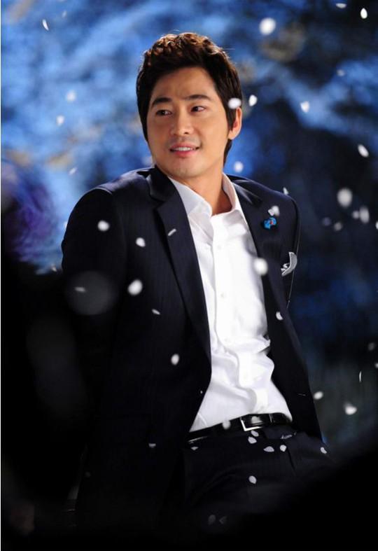 Diễn viên nổi tiếng Hàn Quốc bị cáo buộc cưỡng hiếp 2 phụ nữ - Ảnh 1.