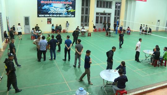Đắk Lắk: Gần 100 cảnh sát ập vào 12 tụ điểm đánh bạc  - Ảnh 2.