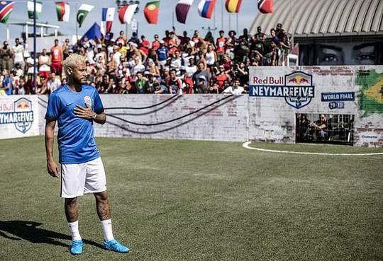 Neymar mệt mỏi với tương lai bấp bênh - Ảnh 2.
