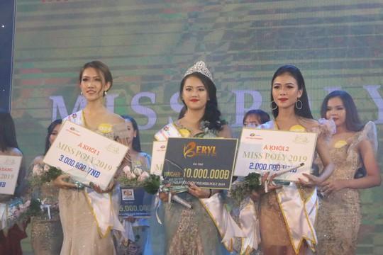 Tân sinh viên bùng nổ cùng dàn sao khủng và Miss Poly 2019 - Ảnh 8.