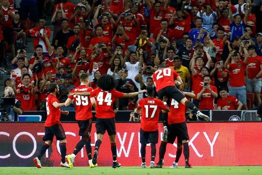 Man United thắng trận ra quân ICC với chân sút 17 tuổi - Ảnh 6.