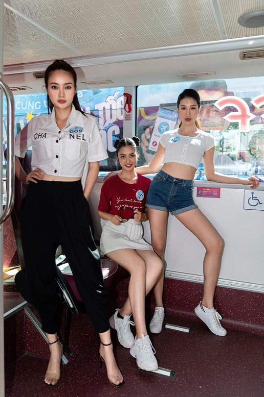 Thí sinh Hoa hậu Thế giới Việt Nam lột xác - Ảnh 8.