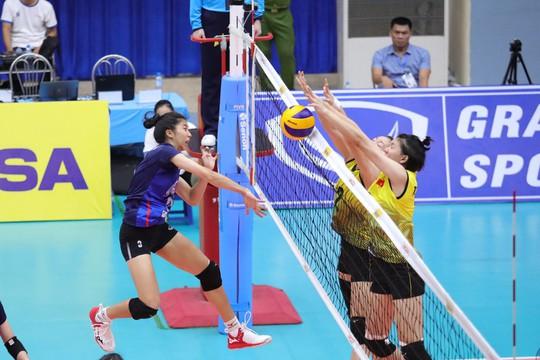 Bóng chuyền U23 Việt Nam ngược dòng hạ Thái Lan, giành HCĐ châu Á - Ảnh 2.