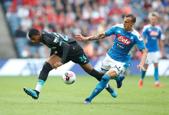 Napoli đại phá Liverpool, nhà vô địch Champions League thua tan tác - Ảnh 4.