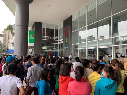 Big C khẳng định chỉ tạm dừng kinh doanh hàng may mặc tại Việt Nam - Ảnh 1.