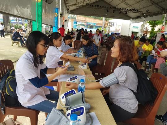 Hơn 600 đoàn viên tham gia hiến máu tình nguyện - Ảnh 1.