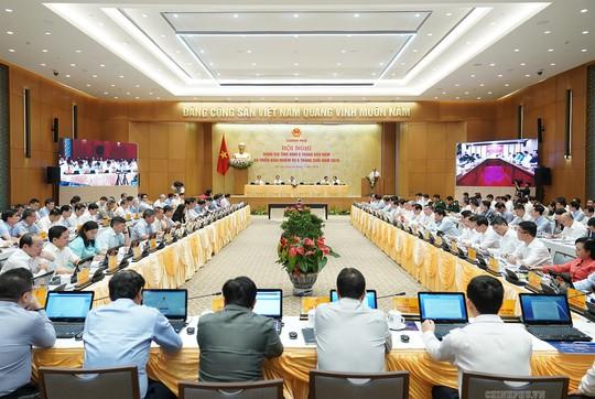 Thủ tướng: Không được để ảnh hưởng đến thị trường xuất khẩu lớn của Việt Nam - Ảnh 2.