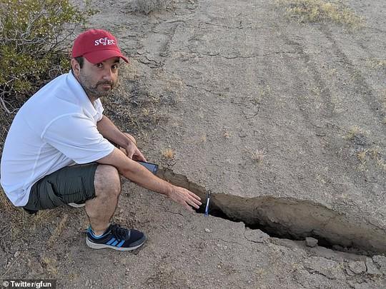 Thêm động đất mạnh cấp độ 6,9 và 1.700 dư chấn ở bang California - Ảnh 4.