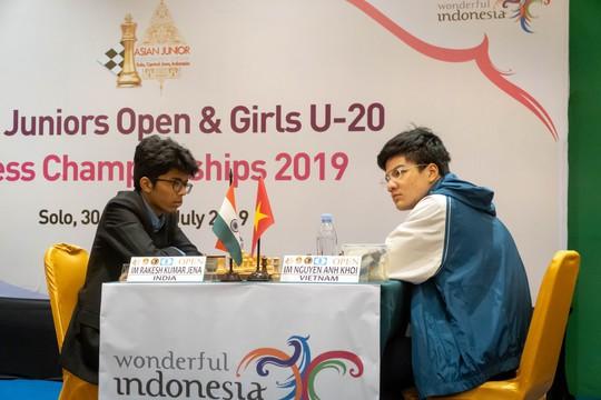 Nguyễn Anh Khôi giành cú đúp vàng cờ vua trẻ châu Á - Ảnh 1.