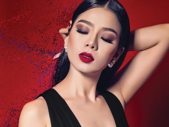 Hoài Lâm theo Lệ Quyên - Quang Lê ra Hà Nội hát chuyện tình buồn - Ảnh 1.
