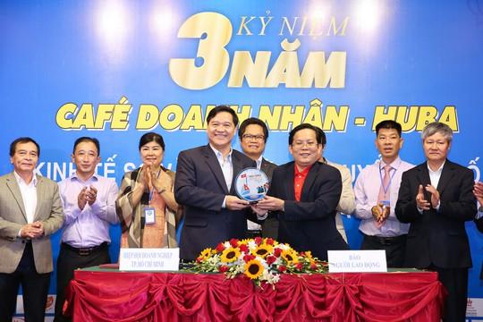 Báo Người Lao Động hợp tác toàn diện với Hiệp hội Doanh nghiệp TP HCM - Ảnh 2.