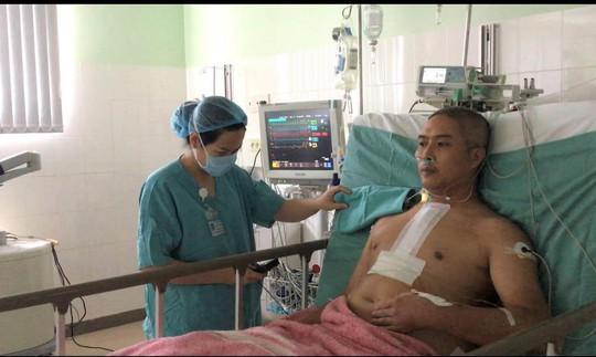 Bệnh nhân sau ghép tim xuyên việt, chưa tới 24 giờ sức khỏe đã ổn định - Ảnh 1.