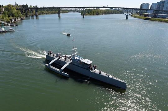 Tham vọng hạm đội tàu chiến robot của Mỹ - Ảnh 1.