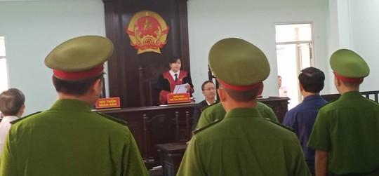 Ông Nguyễn Hữu Linh kháng cáo kêu oan ngay sau khi tòa tuyên án - Ảnh 2.