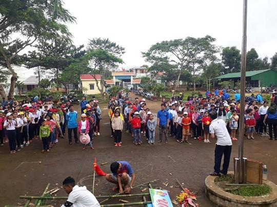 30 học sinh nhập viện sau khi ăn tối tại trại hè - Ảnh 1.