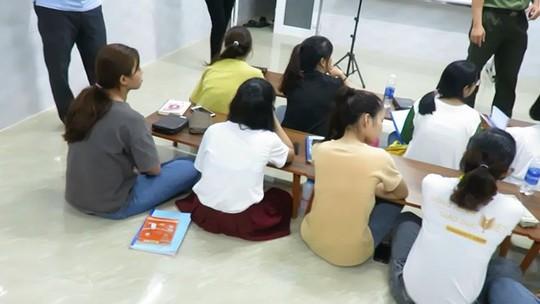 Vụ truyền đạo trái phép ở Đà Nẵng: Hứa cho đi du lịch, du học ở Hàn Quốc - Ảnh 1.