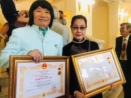 NSND Minh Vương trải lòng trong ngày nhận danh hiệu cao quý - Ảnh 2.
