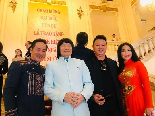 NSND Minh Vương trải lòng trong ngày nhận danh hiệu cao quý - Ảnh 3.