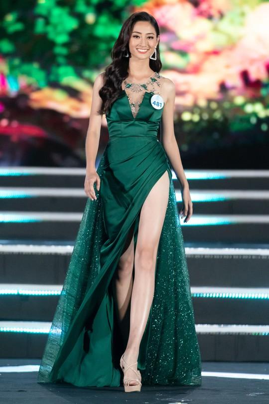 Lương Thùy Linh đăng quang Hoa hậu Thế giới Việt Nam 2019 - Ảnh 3.