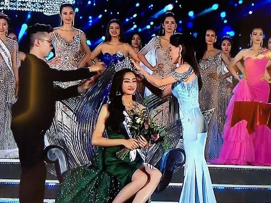 Lương Thùy Linh đăng quang Hoa hậu Thế giới Việt Nam 2019 - Ảnh 1.