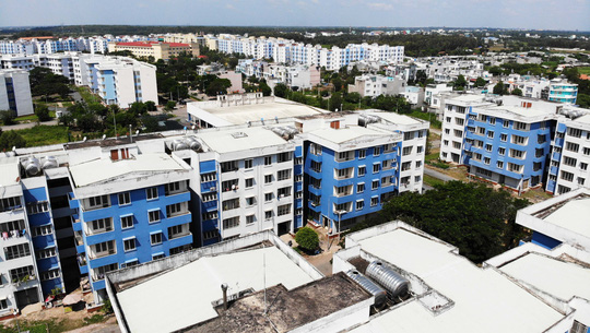 Khu tái định cư ngàn tỉ ở Bình Chánh giống như đô thị ma - Ảnh 12.