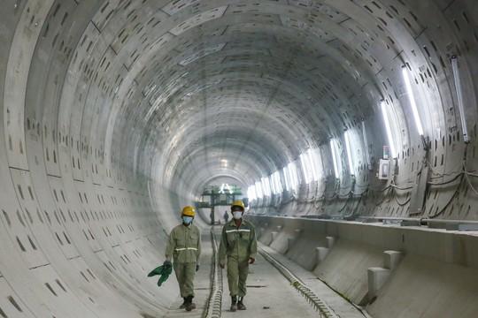 Diện mạo đường hầm Metro số 1 tại trung tâm TP HCM - Ảnh 4.