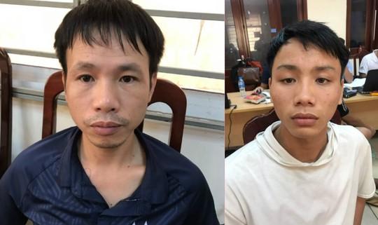 Xác định 2 nghi phạm bắn pháo làm bị thương nữ CĐV, hành hung CSCĐ tại sân Hàng Đẫy - Ảnh 1.