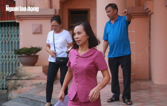 Hoãn phiên tòa xử vụ gian lận điểm thi ở Hà Giang - Ảnh 2.