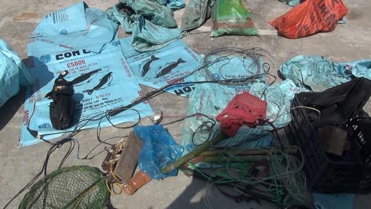 Băng nhóm trộm chó hơn 100 tấn đào cả hầm bí mật để nhốt chó - Ảnh 4.