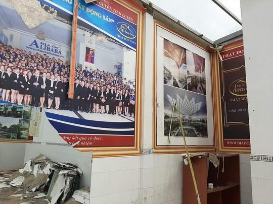 Cận cảnh hoang tàn ở các văn phòng, dự án khi ông chủ Alibaba xộ khám - Ảnh 8.