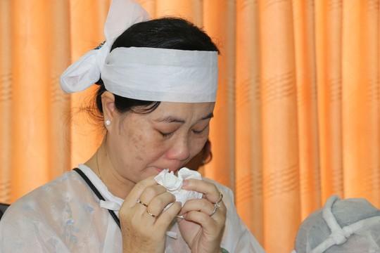 Nghẹn ngào tiễn Đại tá phi công Nguyễn Văn Bảy về với đất mẹ Lai Vung - Ảnh 10.